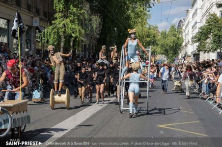 Margot_Dumas_Artiste_Maquilleuse_biennale_danse_2014_10