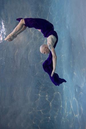 Margot_Dumas_Artiste_Maquilleuse_shooting_underwater_magali_05