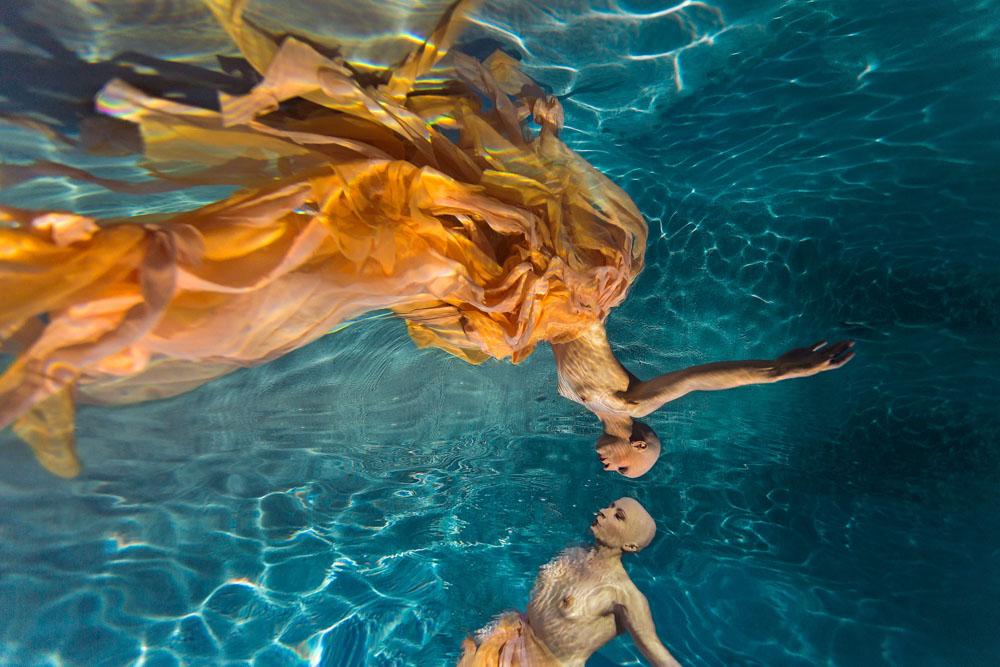 Margot_Dumas_Artiste_Maquilleuse_shooting_underwater